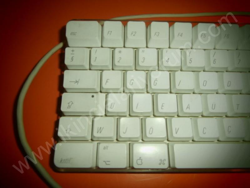 Apple A1048 F Türkçe Tuş Dizilimi Beyaz Klavye